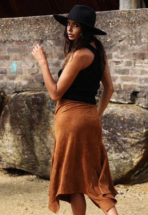 Wild Wild West Suede Skirt - CAMEL