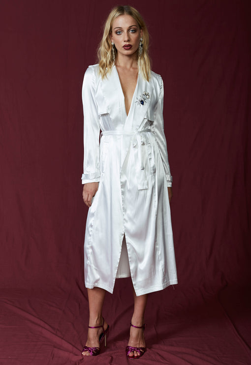 Grand Entrance Trench - WHITE