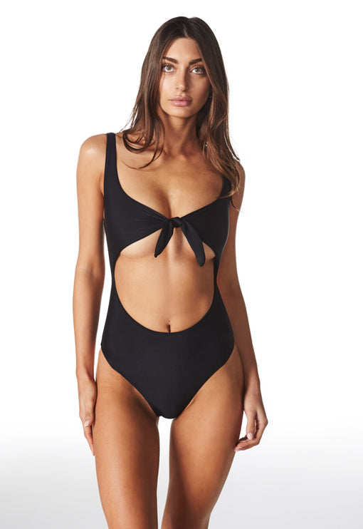 The Claudia One Piece - BLACK