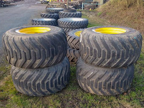 Set of 700/50R26.5 Nokian wheels to suit a JCB Fastrac