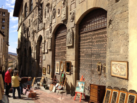 Italy Antique Market - Umbria