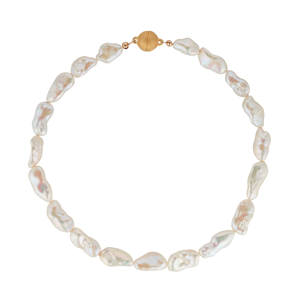 String of Baroque Pearls with gold plated magnetic clasp - MoMuse Jewellery