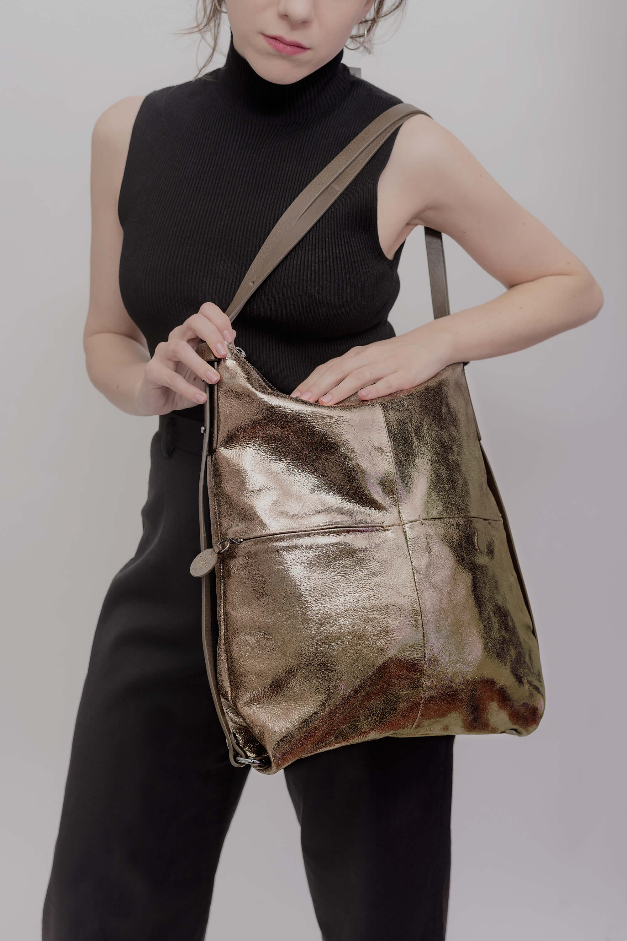 Ina Kent Crackled Anthra Leather Handbag/Backpack - MoMuse Jewellery