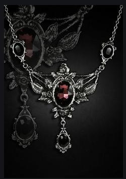 Gothic necklace - Gthic.com - Blog