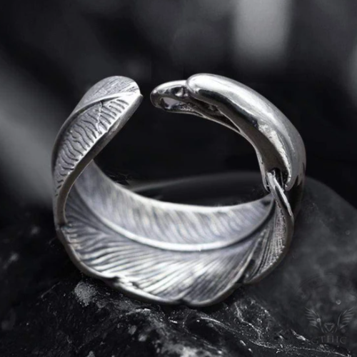 Indian Eagle Feather Sterling Silver Animal Ring - Gthic.com - Blog