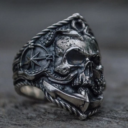 Pirate Skull Ring - Ghtic.com - Blog
