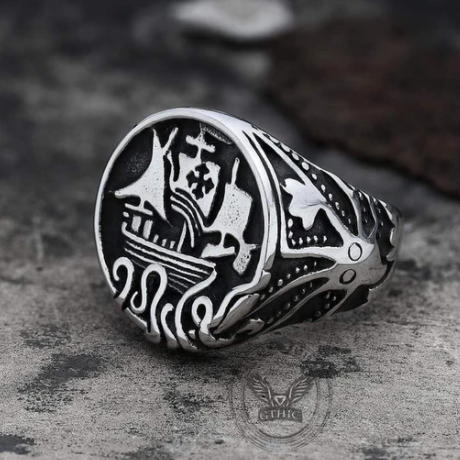 Sailboat Octopus Stainless Steel Marine Ring - Gthic.com - Blog