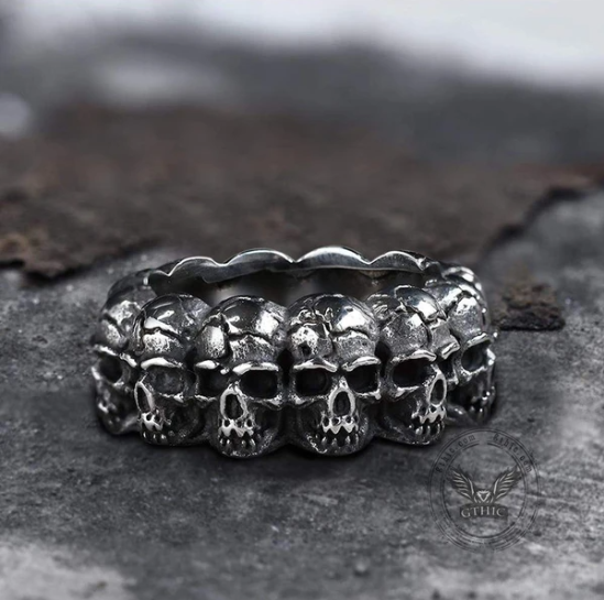 Surrounded Titanium Stainless Steel Skull Ring - Gthic.com - Blog