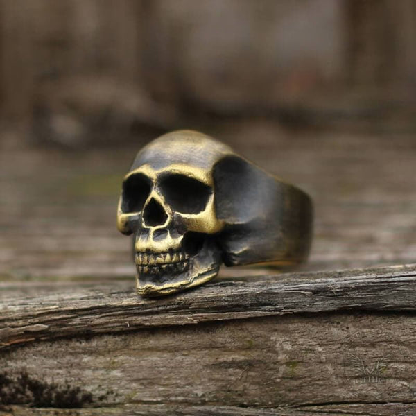 Classic Locomotive Skull Ring