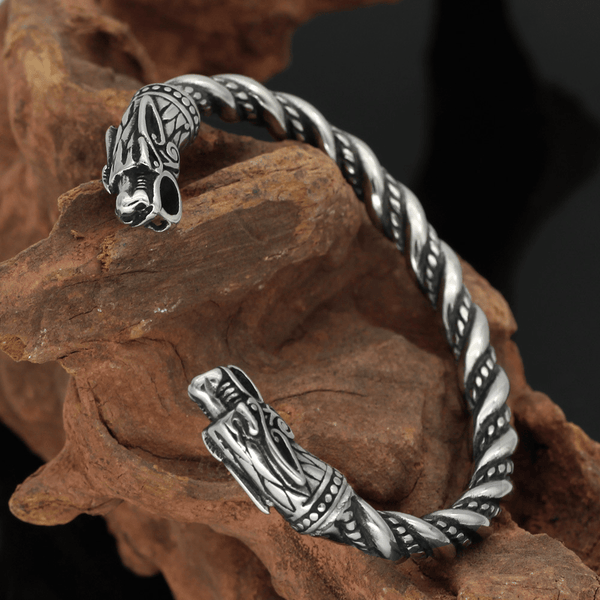 Detailed Dragon Stainless Steel Beast Bracelet