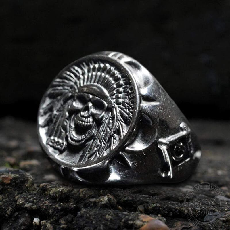 Indian Eagle Feather Crown Chief Sterling Silver Skull Ring