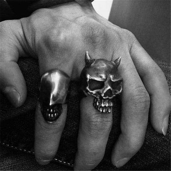 Horn Brass Skull Ring