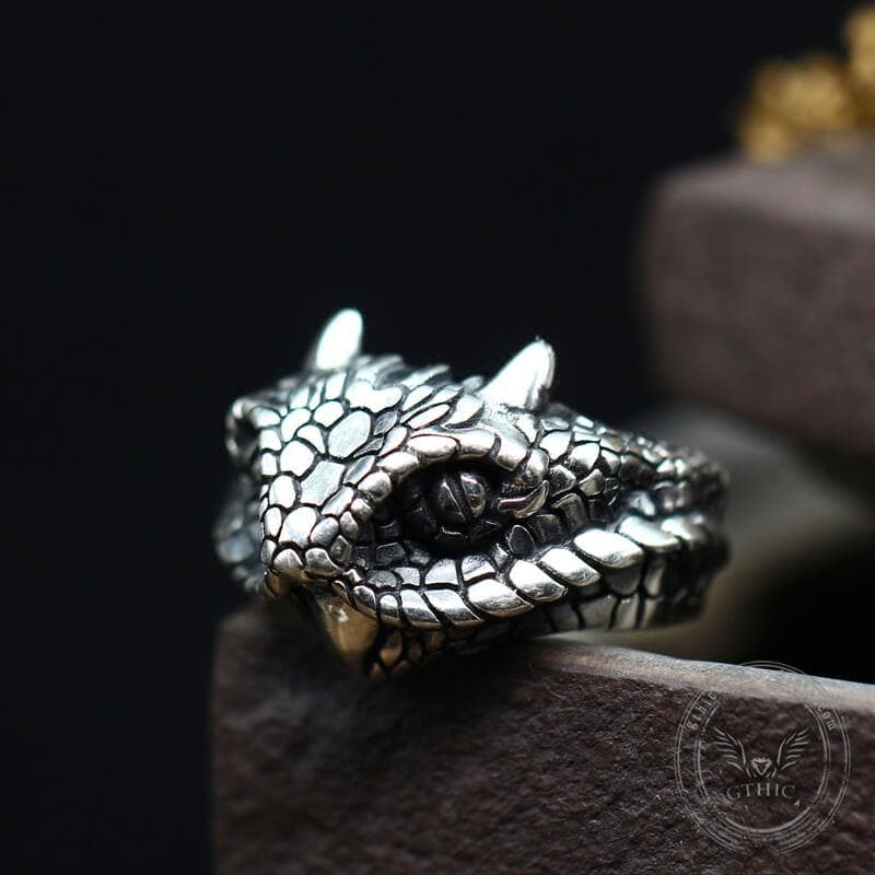 Vintage Cerastes Sterling Silver Animal Ring
