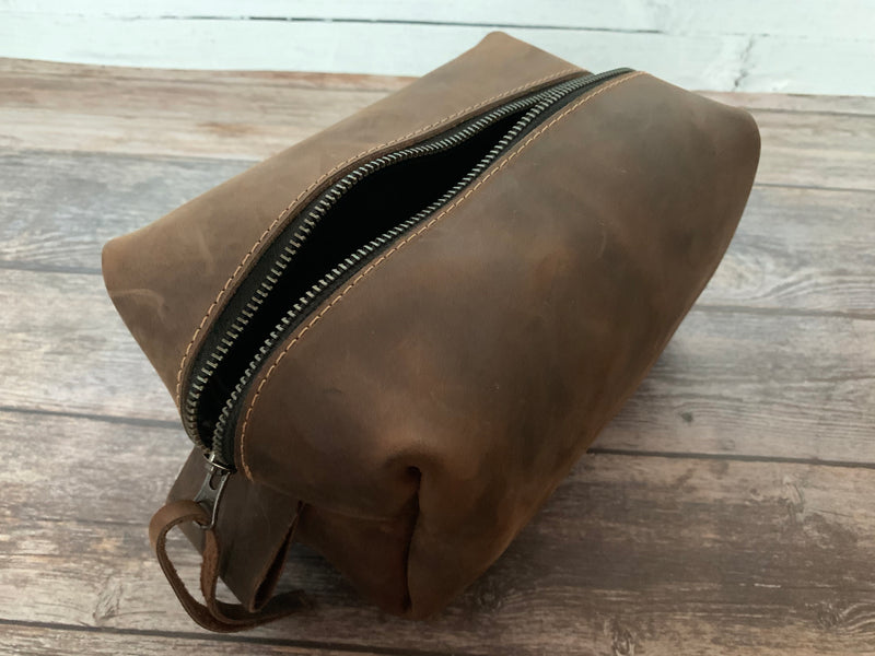The Dopp Kit - Fine Leather Personalized Toiletry Bag Travel Bag