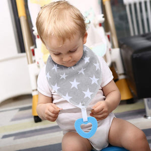 Bandana Bibs with Teething Toy (Arrow)