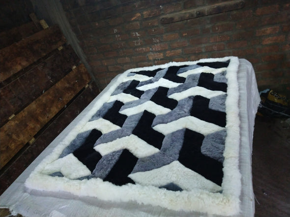 "Gray Black White  Alpaca Rug.""Y"" Design. Soft peruvian alpaca fur - Alpaca Retail"