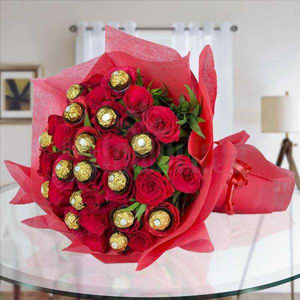 Red Rocher Roses Bouquet