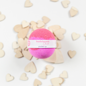 PUCKER UP - Bath Bomb