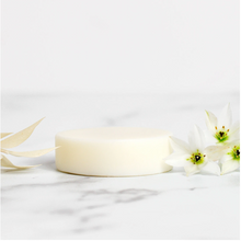 Load image into Gallery viewer, Shine On Conditioner Bar - Vegan