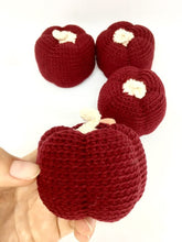 Load image into Gallery viewer, Set of 4 crocheted pumpkins