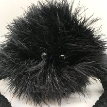 Load image into Gallery viewer, Amigurumi black spider