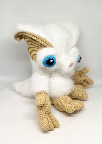 Amigurumi white monster