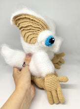 Load image into Gallery viewer, Amigurumi white monster