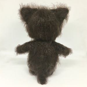 Amigurumi fluffy brown cat