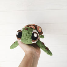 Load image into Gallery viewer, amigurumiturtle9