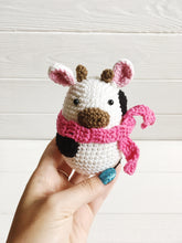 Load image into Gallery viewer, Amigurumi cow