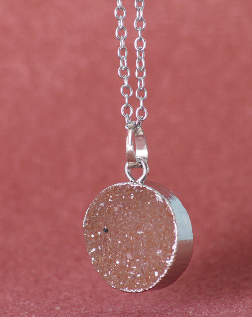 Silver Plated Agate Pendant Necklace