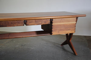 Executive Desk by Jim Sweeney for Espirit, 1970s
