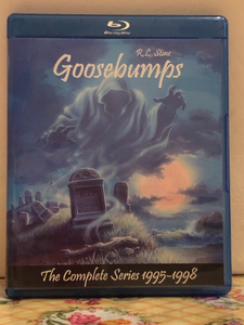 Goosebumps the Complete Series 1995-1998 4 seasons with 74 episodes on 4 Blu-ray Discs