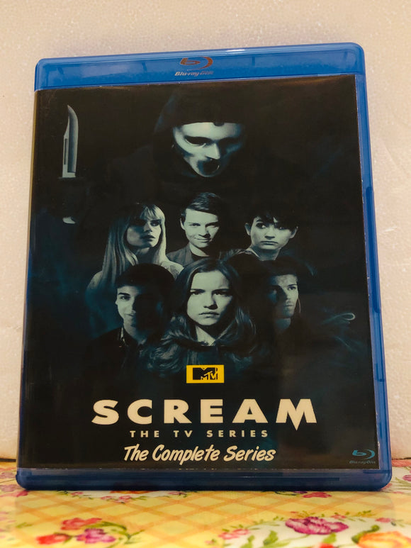 Scream The Series The Complete Series on 3 Seasons with 30 Episodes on 3 Blu-ray Discs in 720p HD