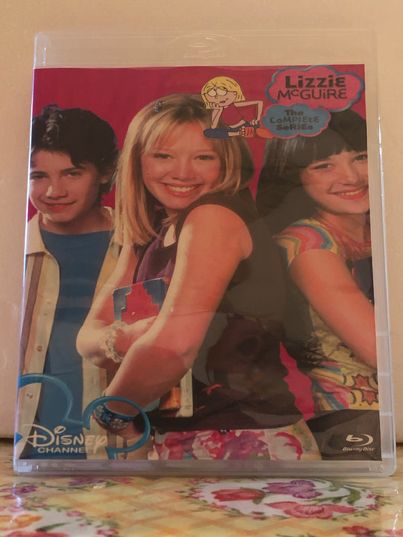 Lizzie McGuire The Complete Series 2 Seasons with 65 Episodes and the Movie on 5 Blu-ray Discs in 720p HD
