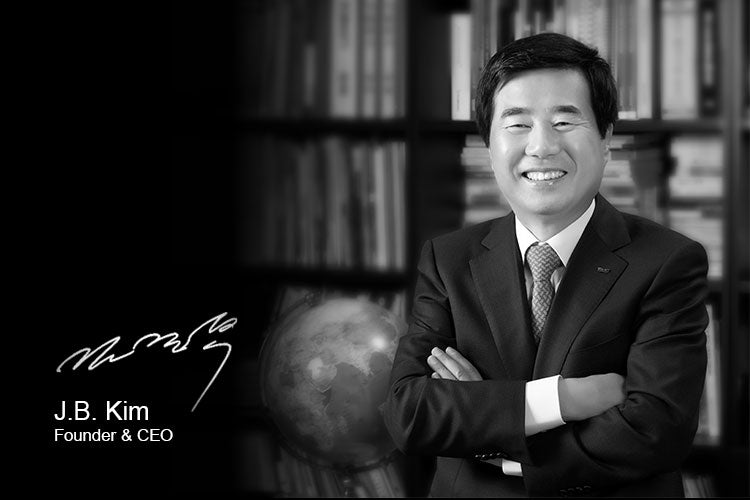 Kuvings CEO J.B. Kim in his office