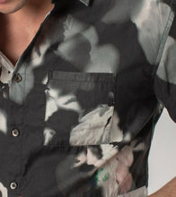 Load image into Gallery viewer, Zanerobe Floating Floral SS Shirt
