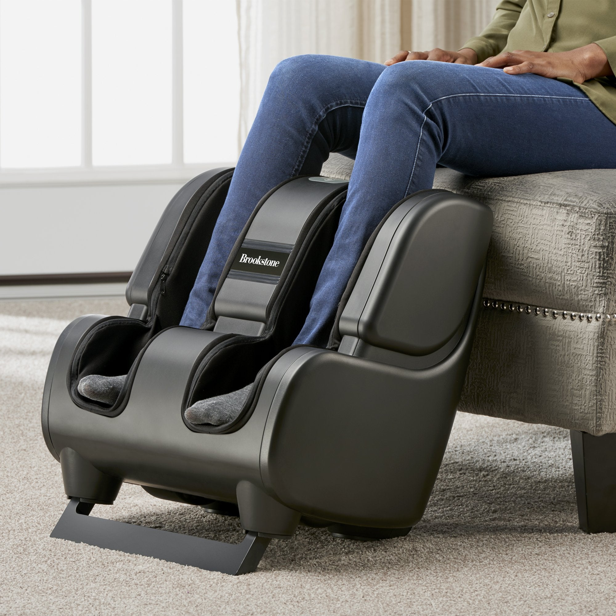 FKA Distributing Brookstone Therasqueeze Foot & Calf Massager in Black