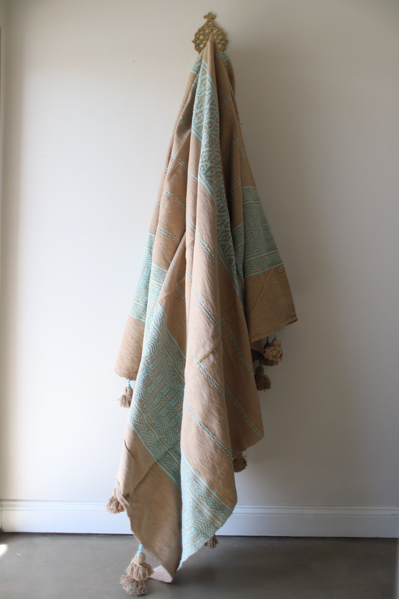 Moroccan Blanket - Large Pattern - Tan & Aqua