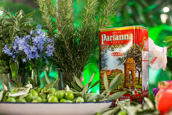 Partanna Sicilian EV Olive Oil 101 oz Tin