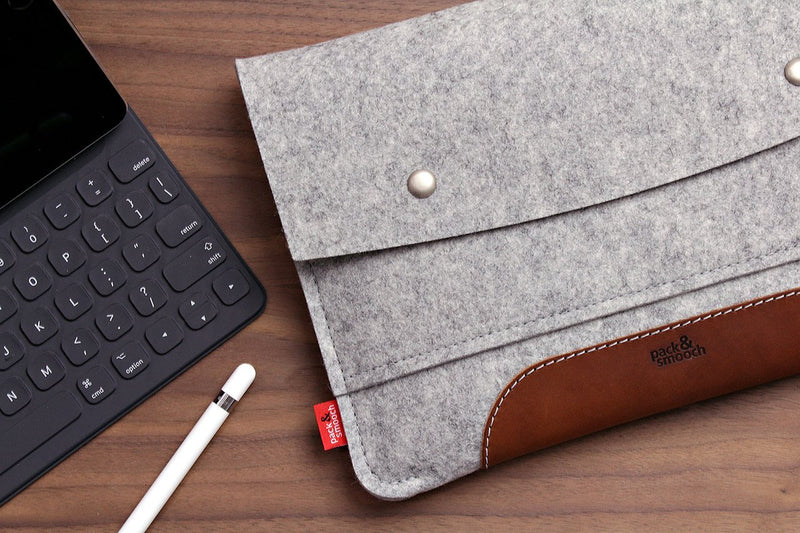 "Pack & Smooch Hampshire iPad Sleeve + Smart Keyboard Cover for iPad/iPad Pro 9.7"" - Handcrafted in Germany with 100% Merino Wool and Vegetable Tanned Italian Leather - Gray/Dark Brown"
