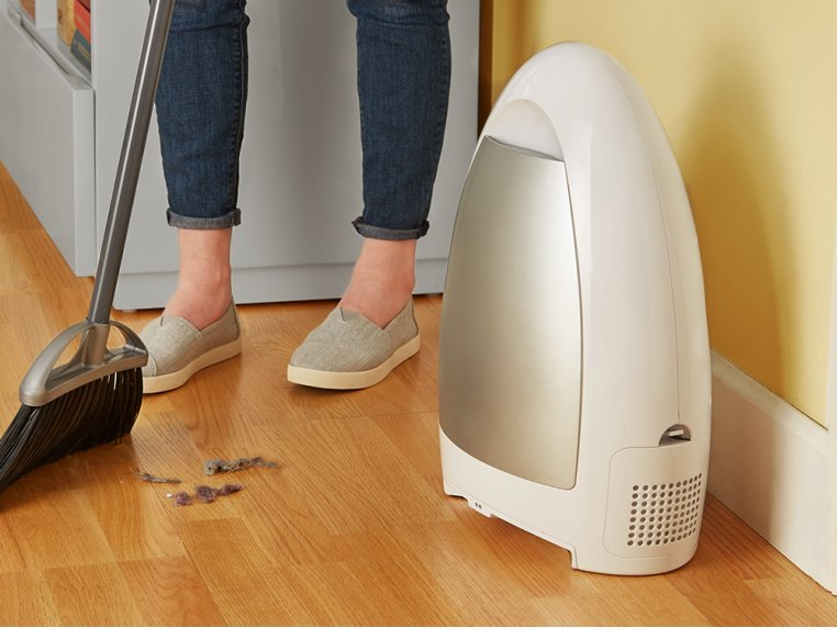 EyeVac Home Touchless Vacuum