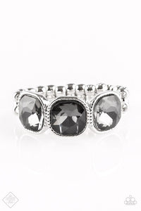Paparazzi The Latest Luxe Silver Ring