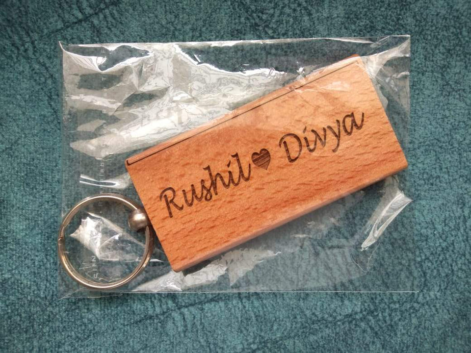Personalized wooden engrave key chain