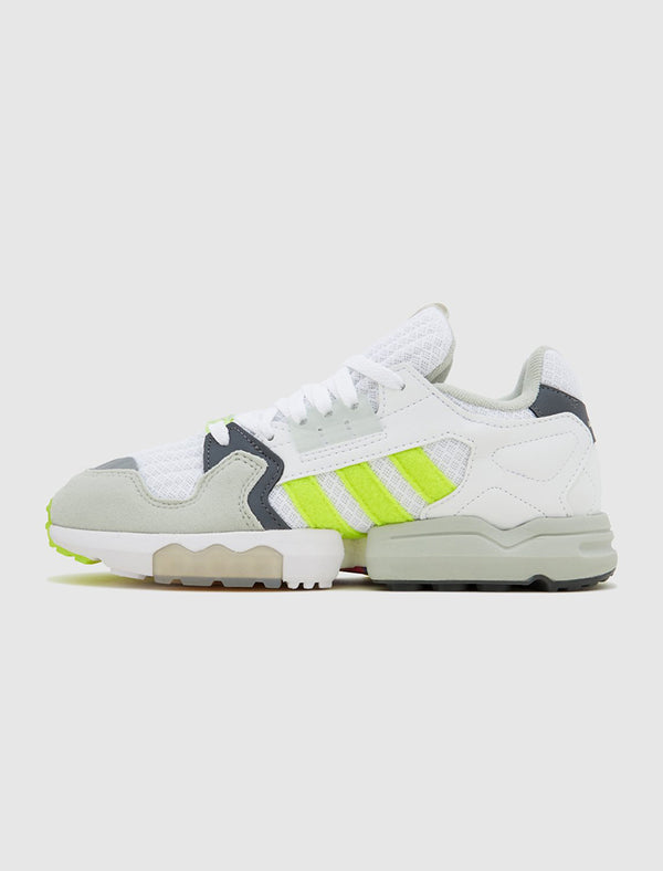 ADIDAS CONSORTIUM X FOOTPATROL: ZX TORSION [WHITE]