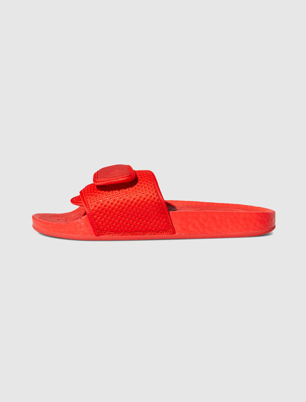 ADIDAS X PHARRELL WILLIAMS: HU BOOST SLIDES [RED]