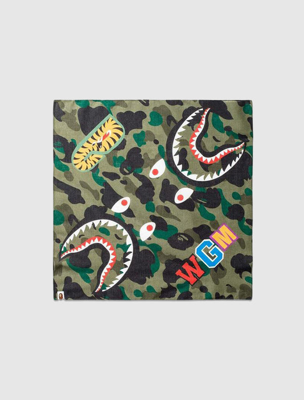 A BATHING APE: 1st CAMO SHARK BANDANA [GREEN]
