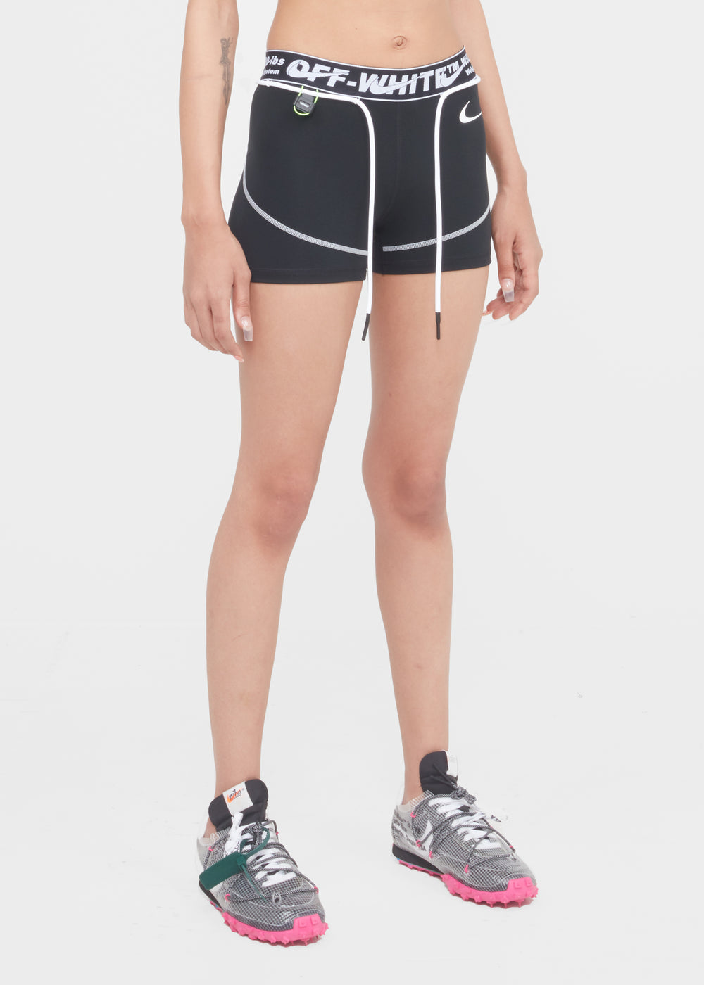 w-nike-ow-shorts-cn5575-010-blk-2