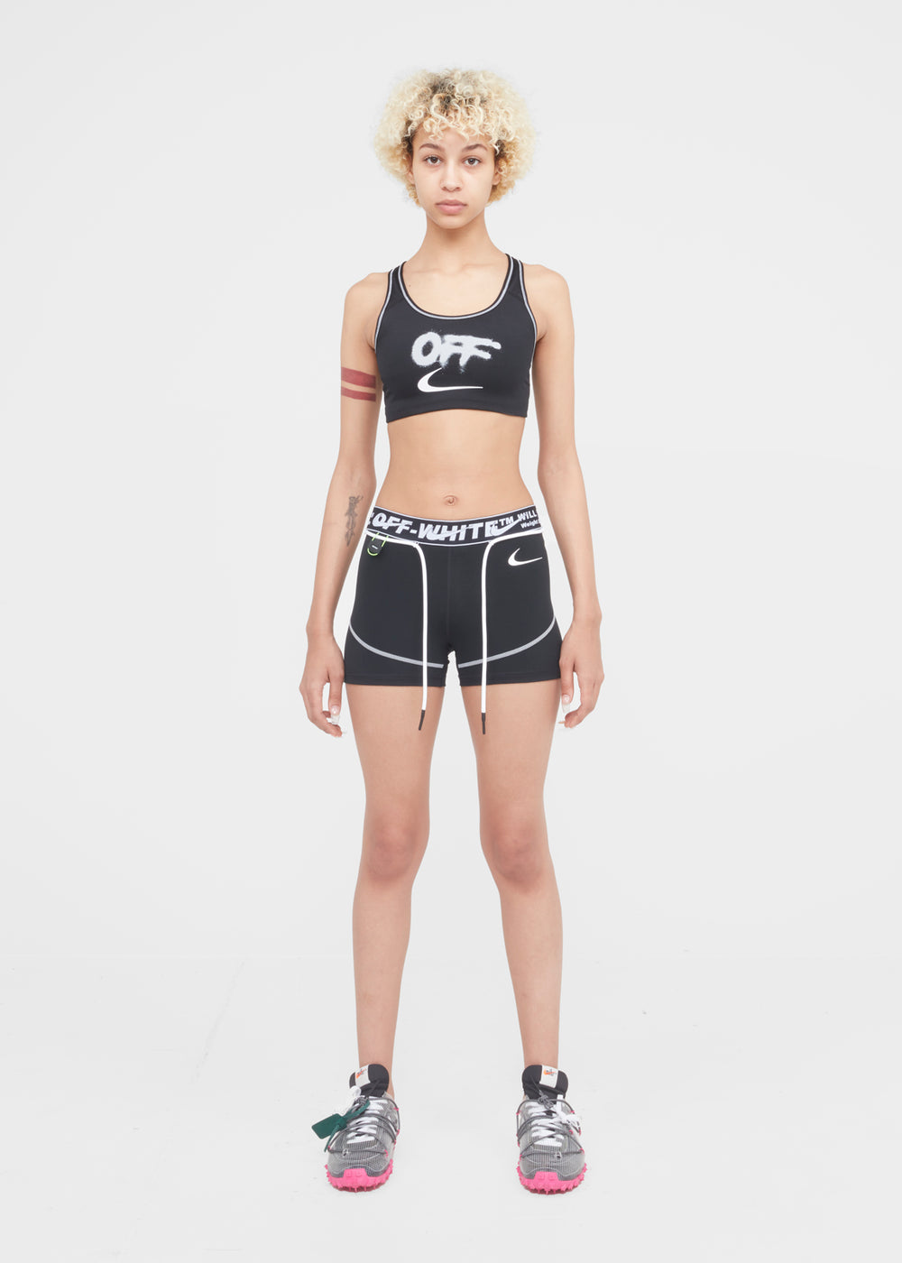 w-nike-ow-shorts-cn5575-010-blk-4
