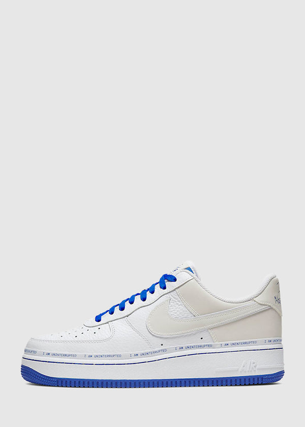 NIKE: AIR FORCE 1